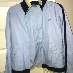 Nike rain jacket in great condition